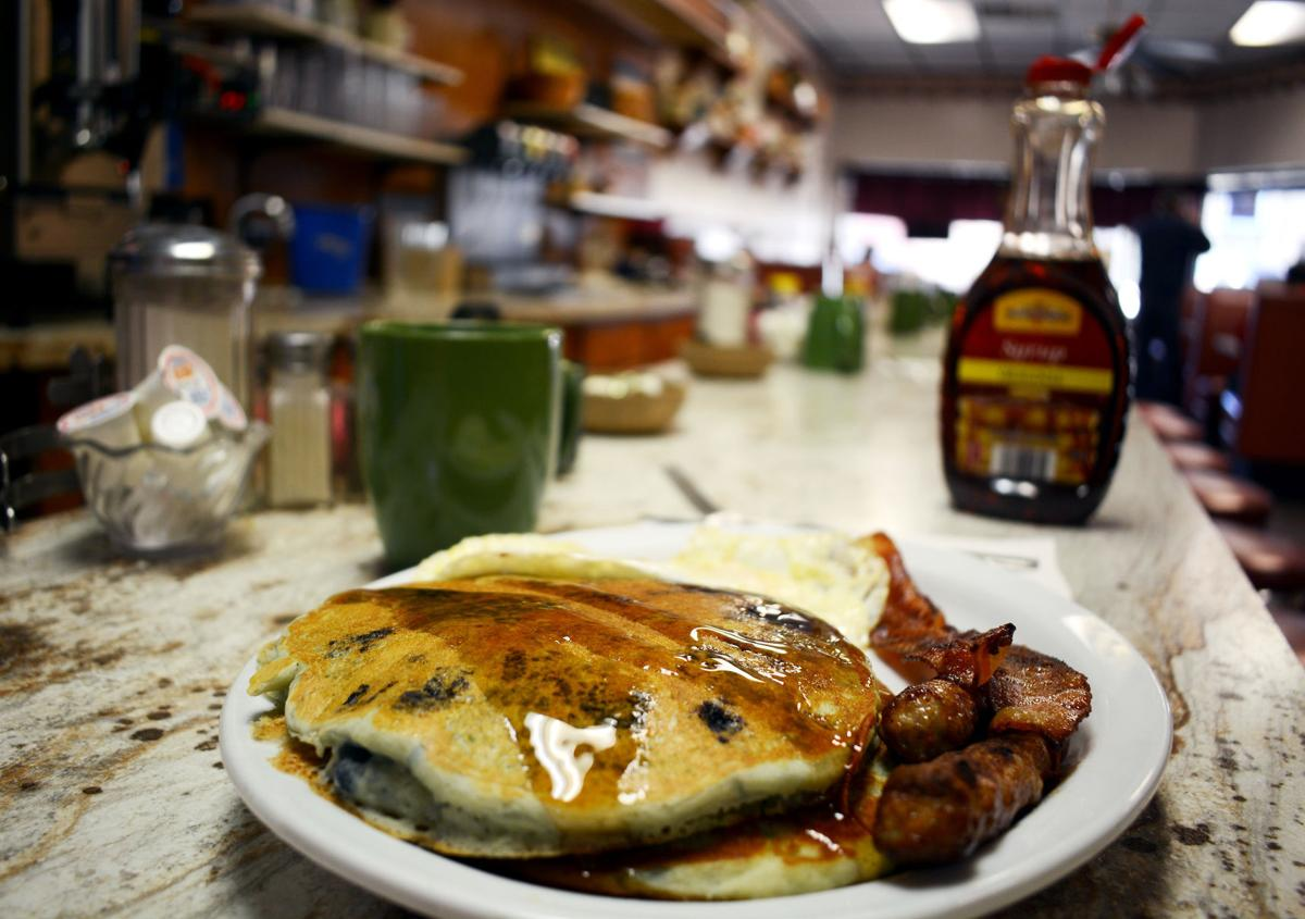 Breakfast at Birdie's in Baraboo the best bang for the buck