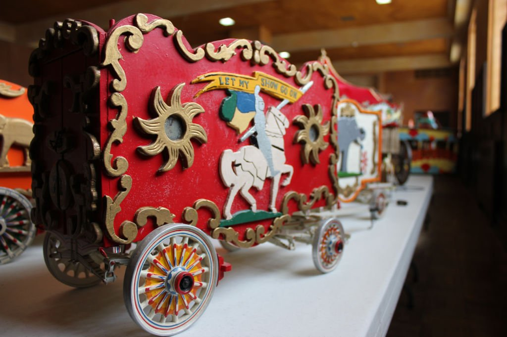 It S A Small World Model Sale Features Massive Collection Regional News Wiscnews Com