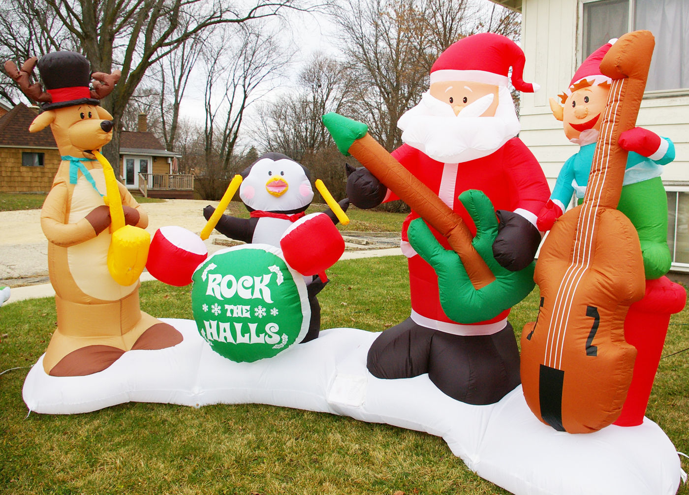 Inflatable decorations a Christmastime hit Regional