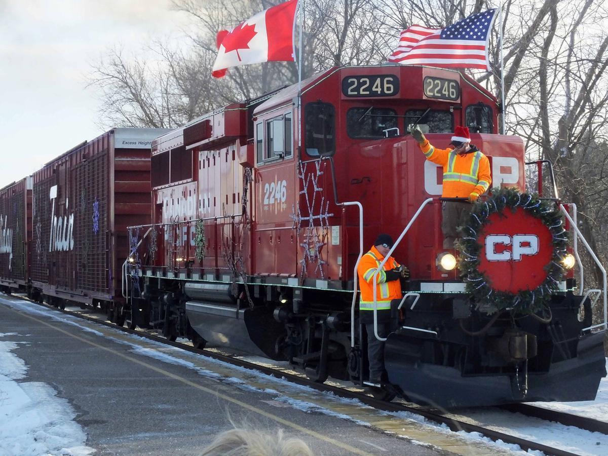 121318-star-news-train