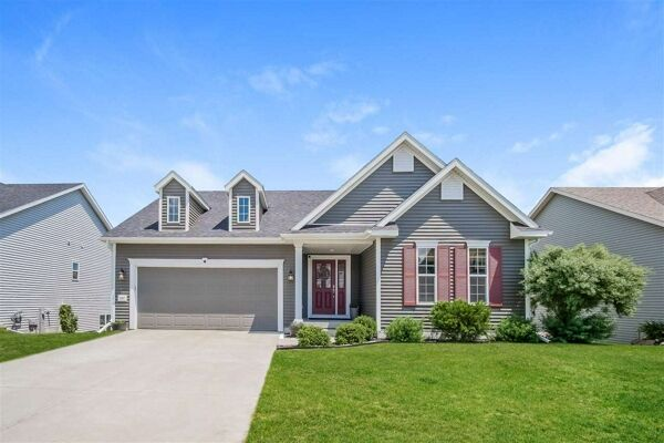 3 Bedroom Home in Mc Farland - $419,900