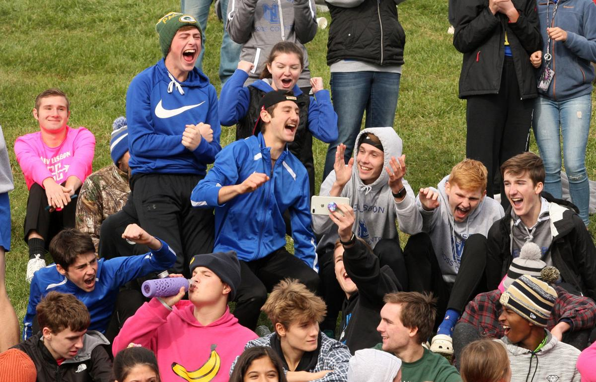 New Lisbon cross country celebrates