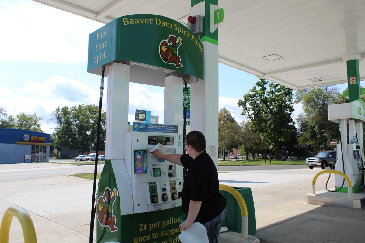 Beaver Dam gas station shows school spirit with new pumps