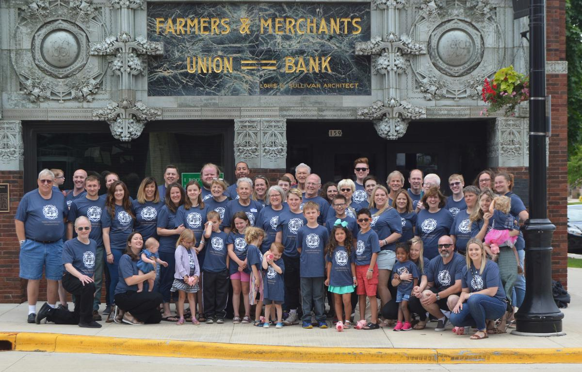 Family reunites for Farmers & Merchants Union Bank's special