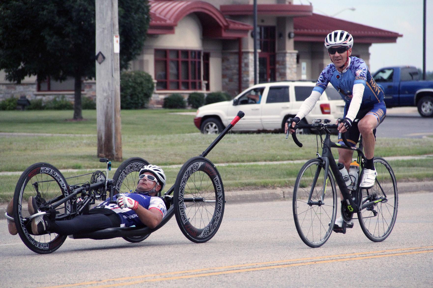 Injured veterans roll through Reedsburg