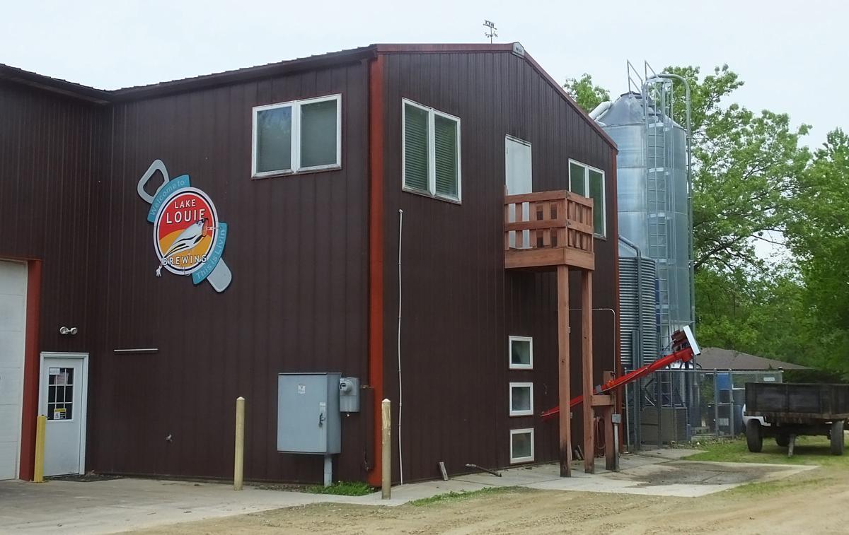 060629-sauk-news-beer