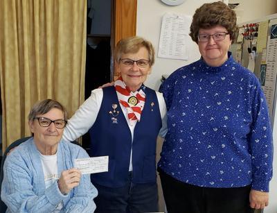 $200 donated to Reedsburg food pantry