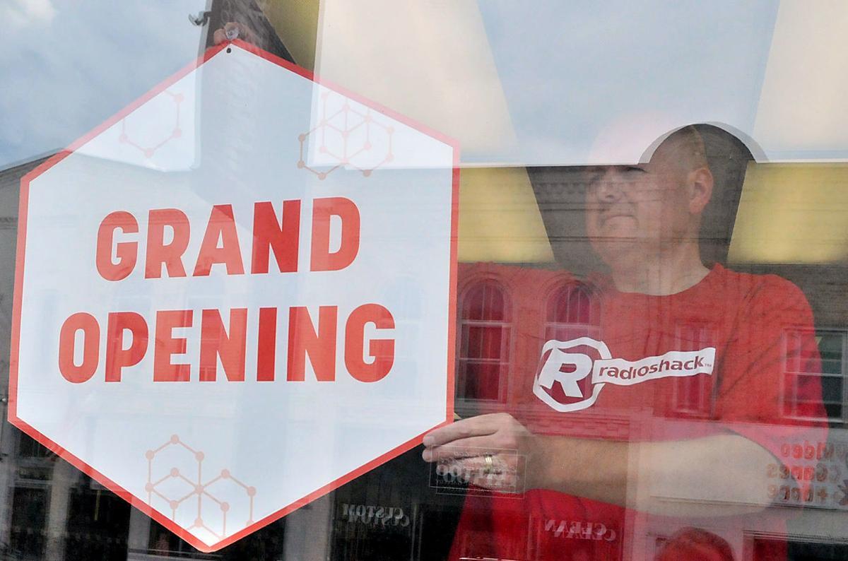 Baraboo Radio Shack finds new downtown home | Regional news