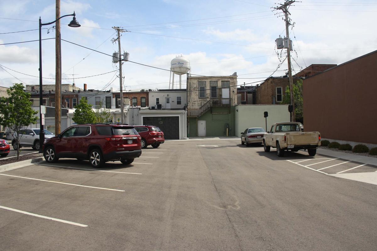 West Maple Ave Parking lot