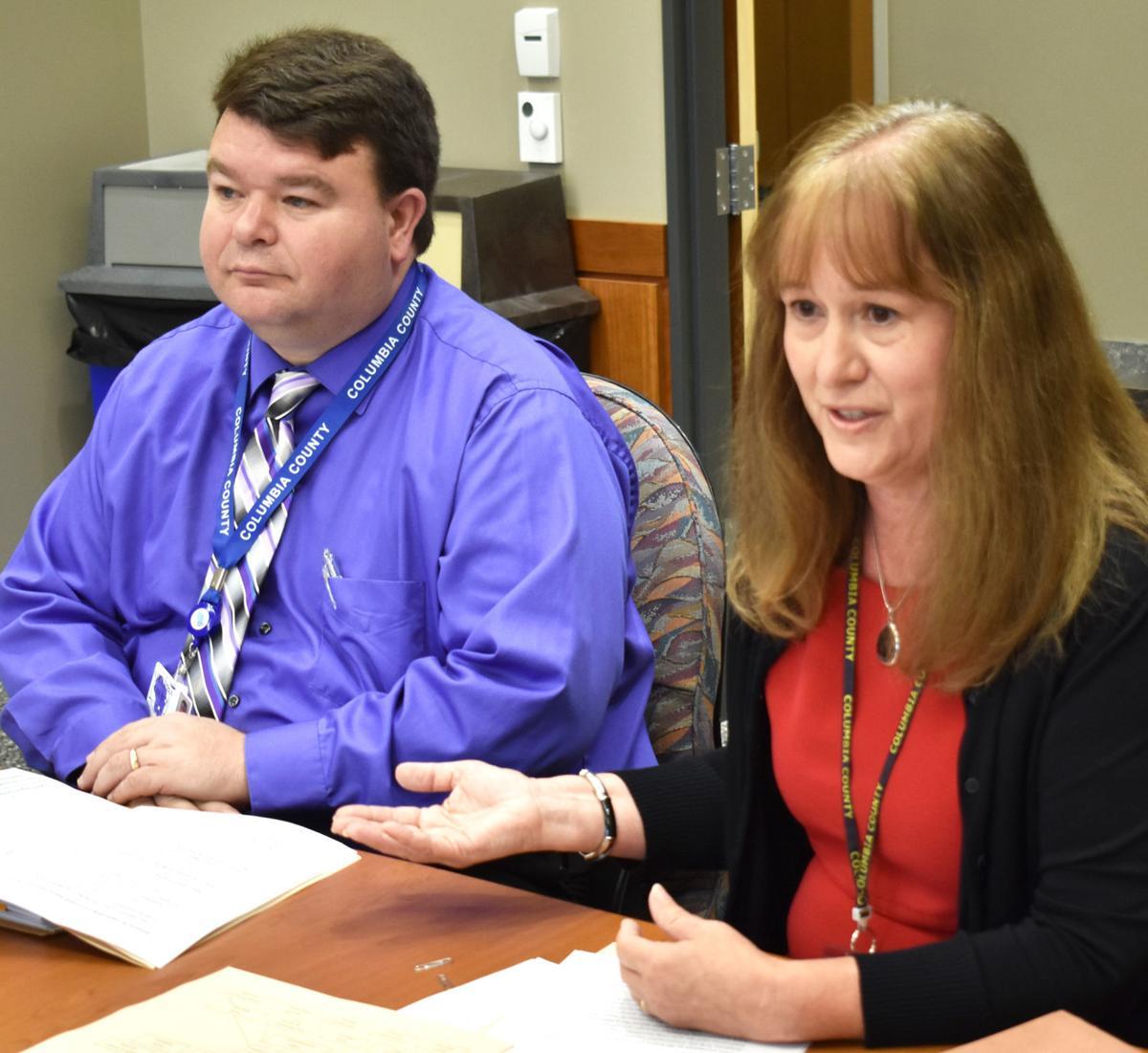 HR-exec judge and clerk