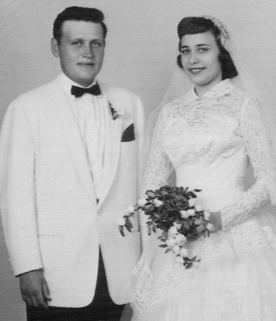Lyle and Donna Keske - Portage Daily Register