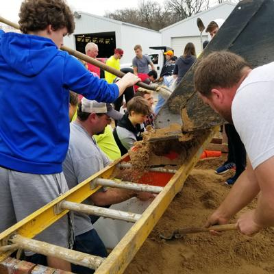 Lodi students help out Thursday