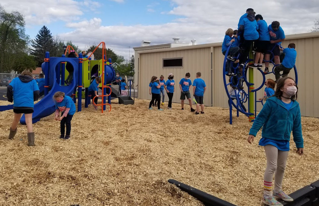 Boys & Girls Club celebrates new playground