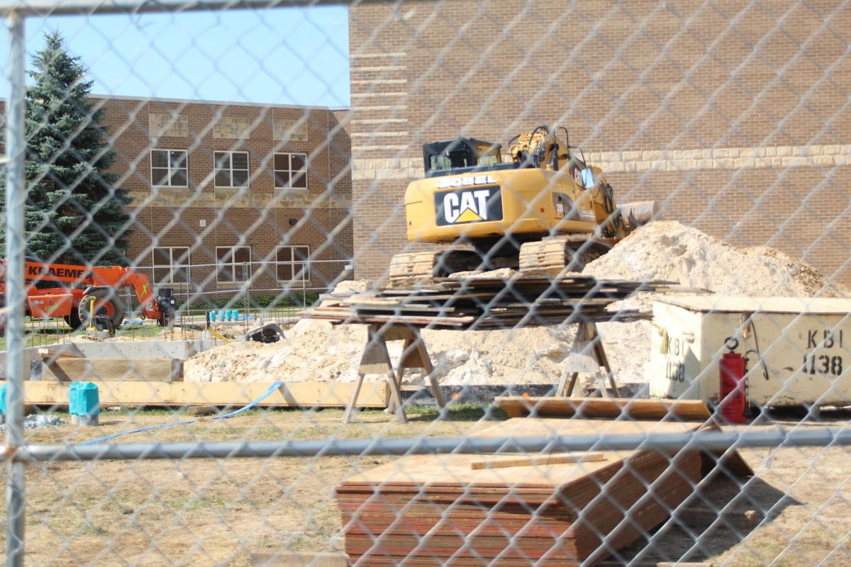 Reedsburg High School fitness center construction