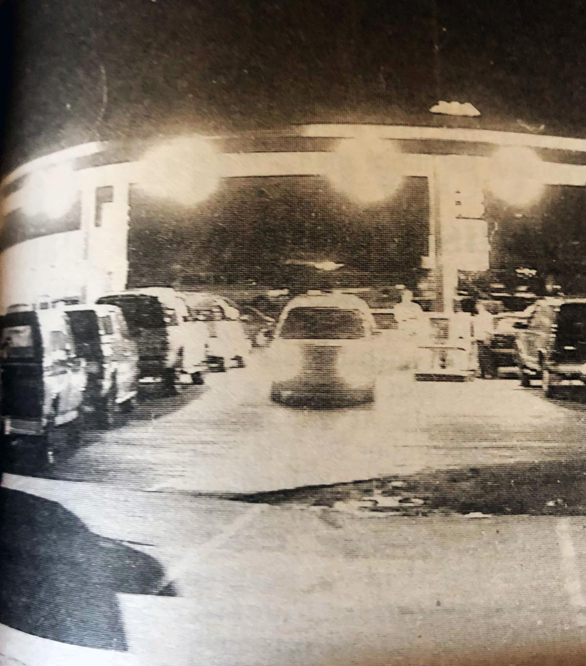 2001 Long lines at area gas stations