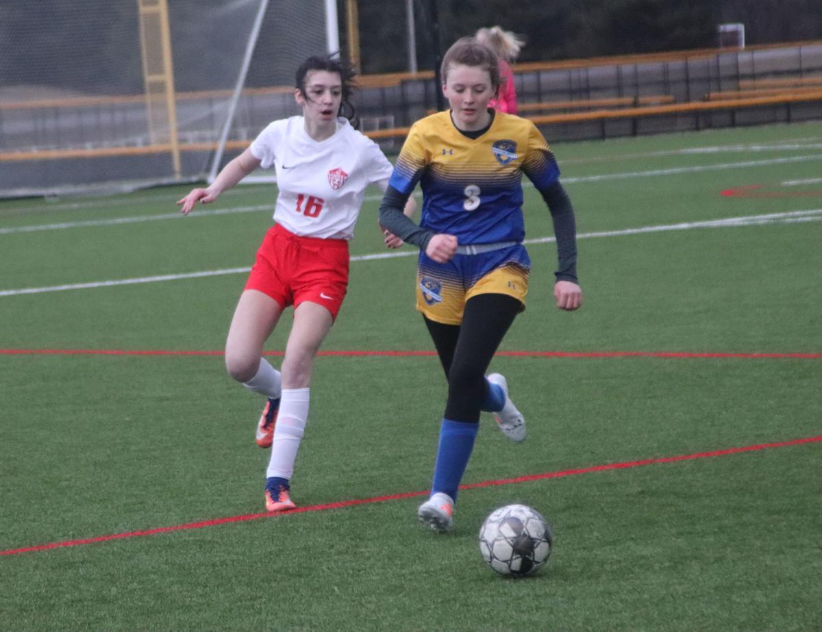 Isabell Kemper scores four goals