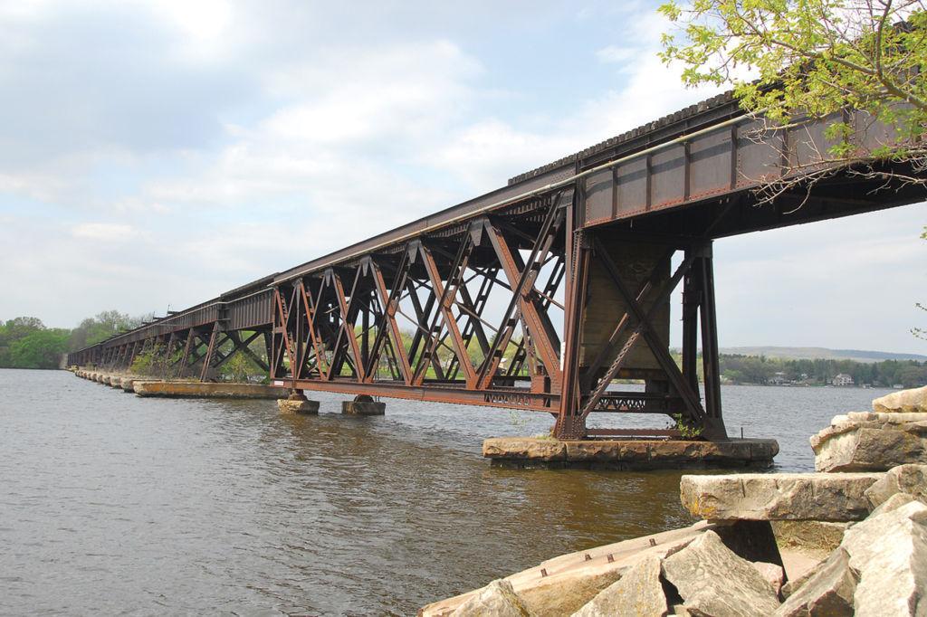 Merrimac rail bridge (copy)