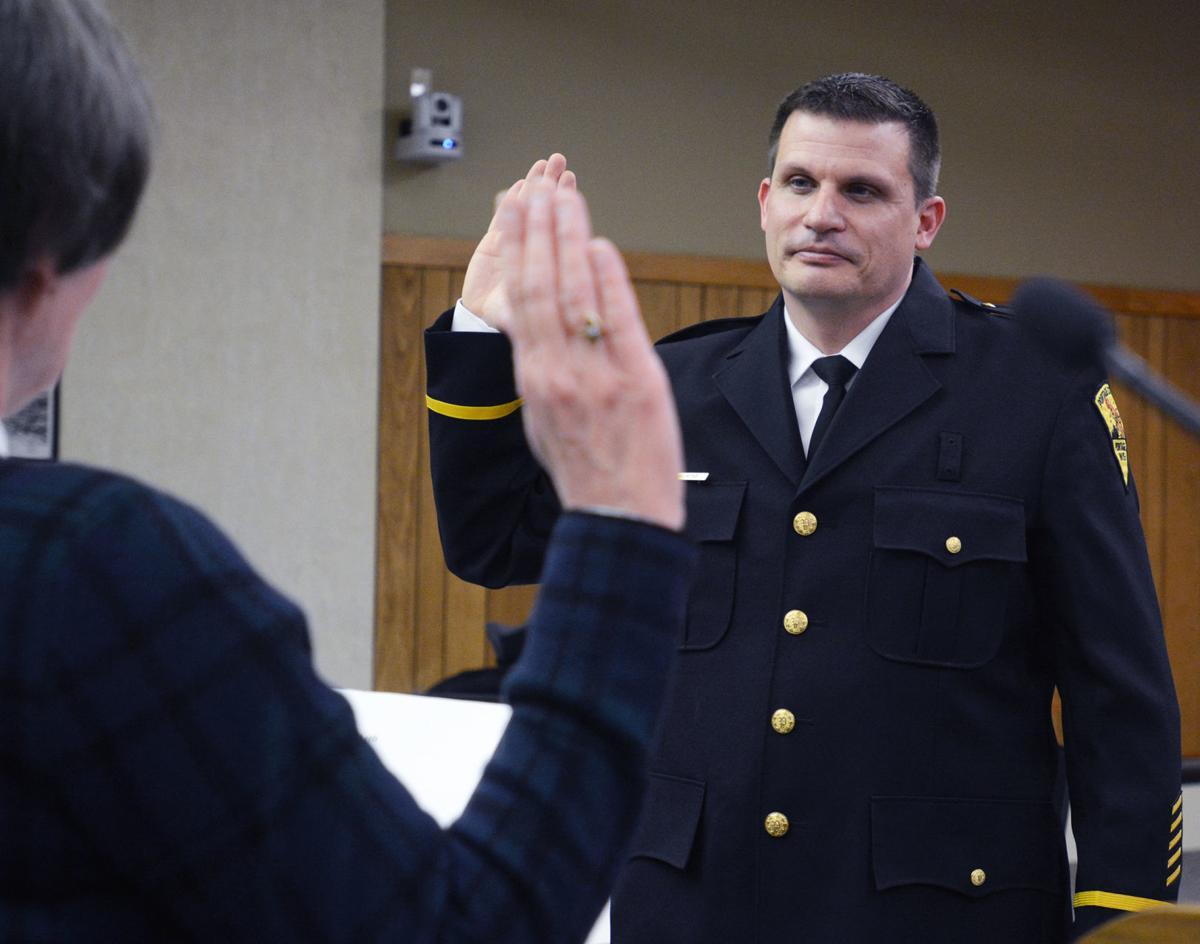 Keith Klafke takes oath