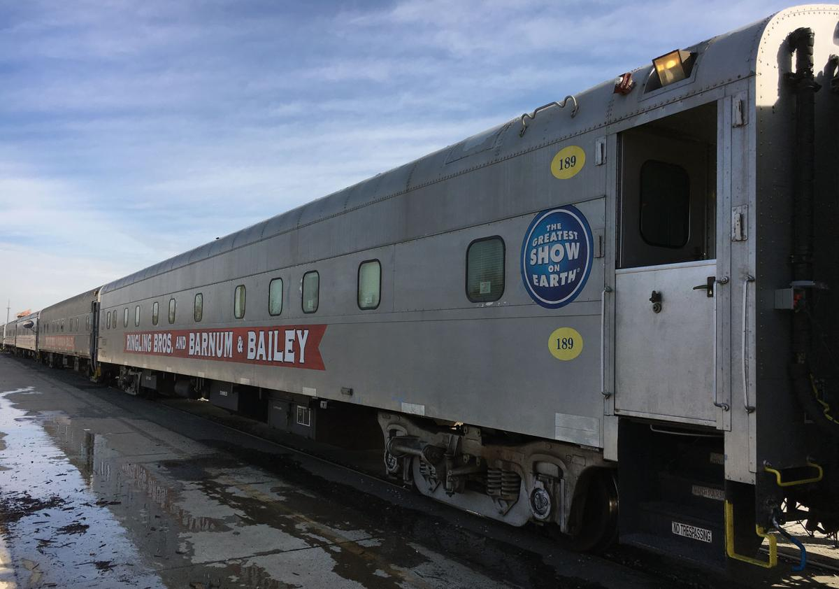 Historic circus train cars en route to Baraboo   Regional news ...