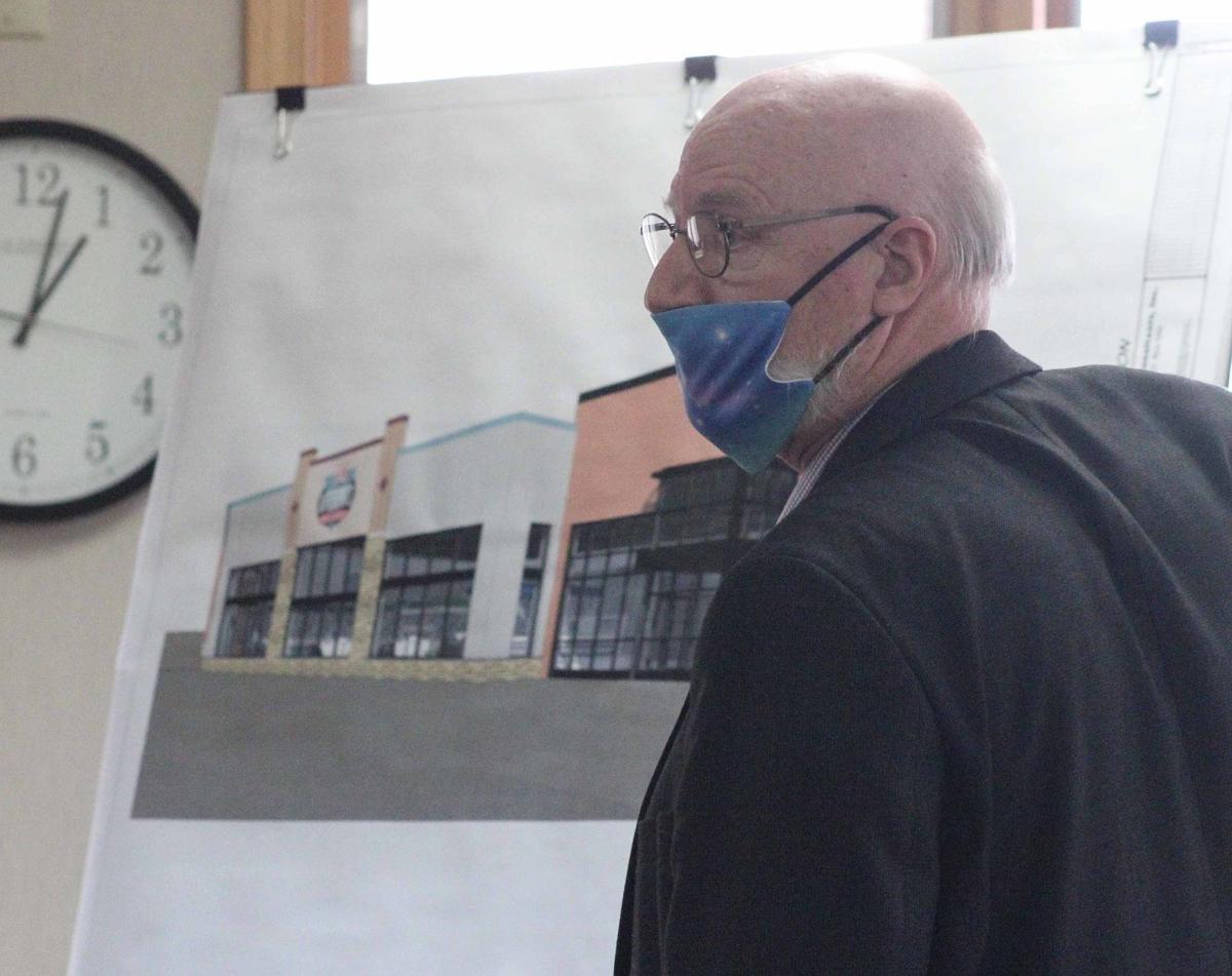 Stephen presents site plan