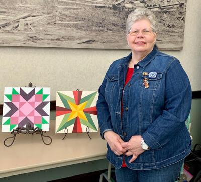 50 retired teachers learn about barn quilts