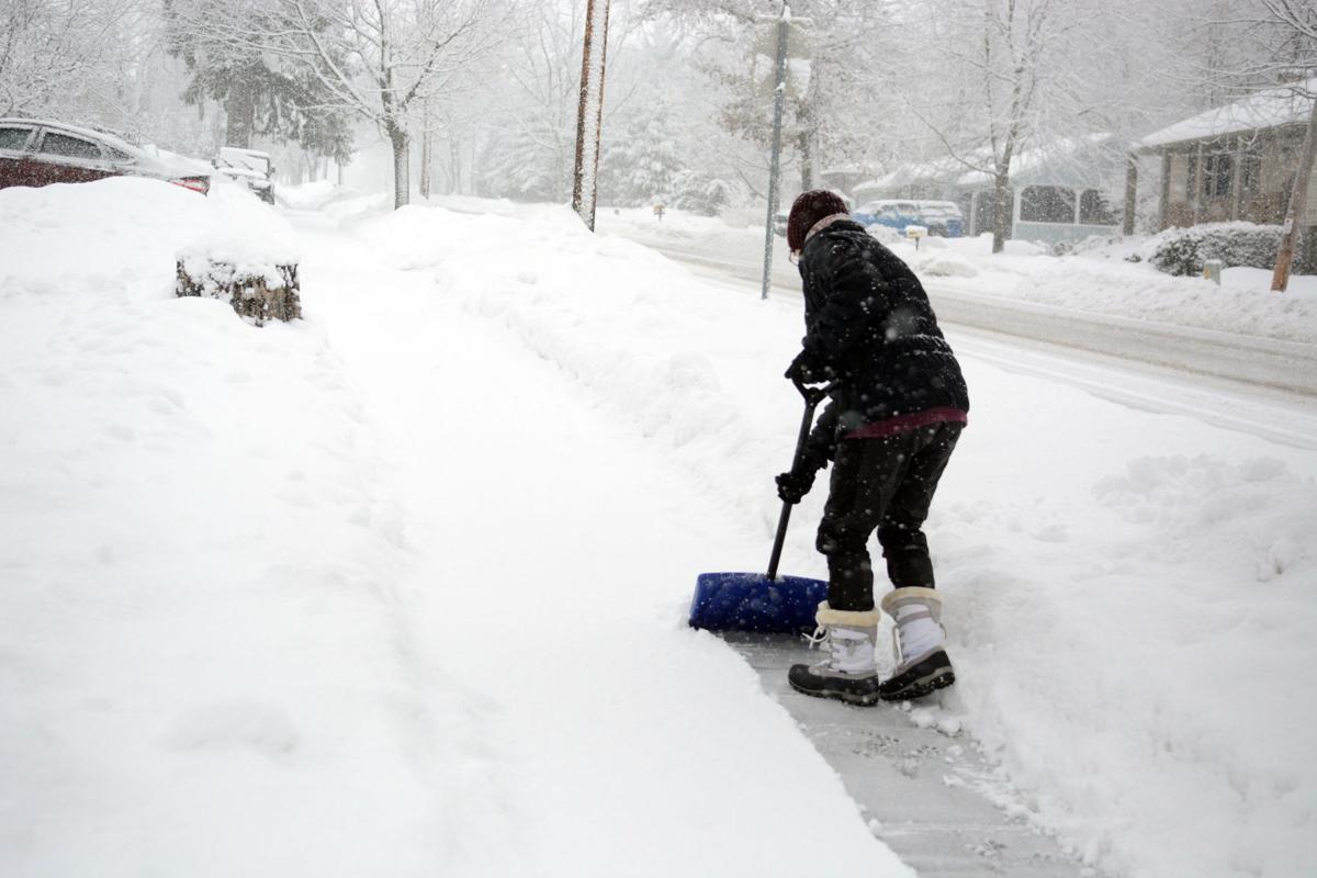 020521-bara-news-snow-03 (copy)