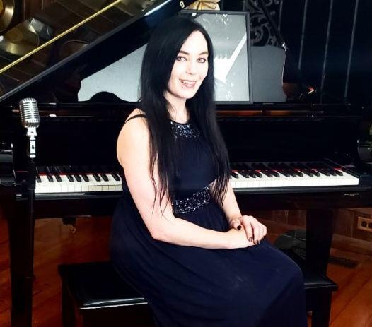 Sara Britt at piano