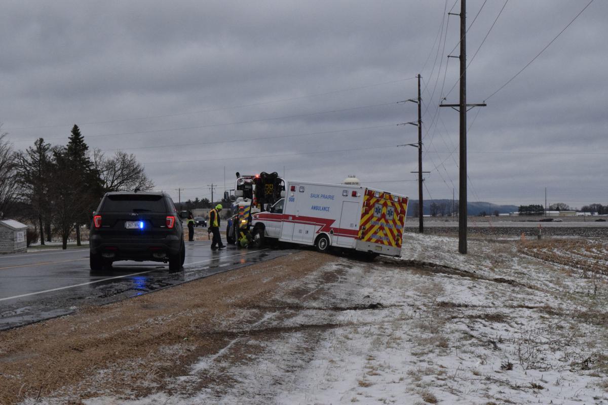 041119-sauk-news-ambulance1.jpg