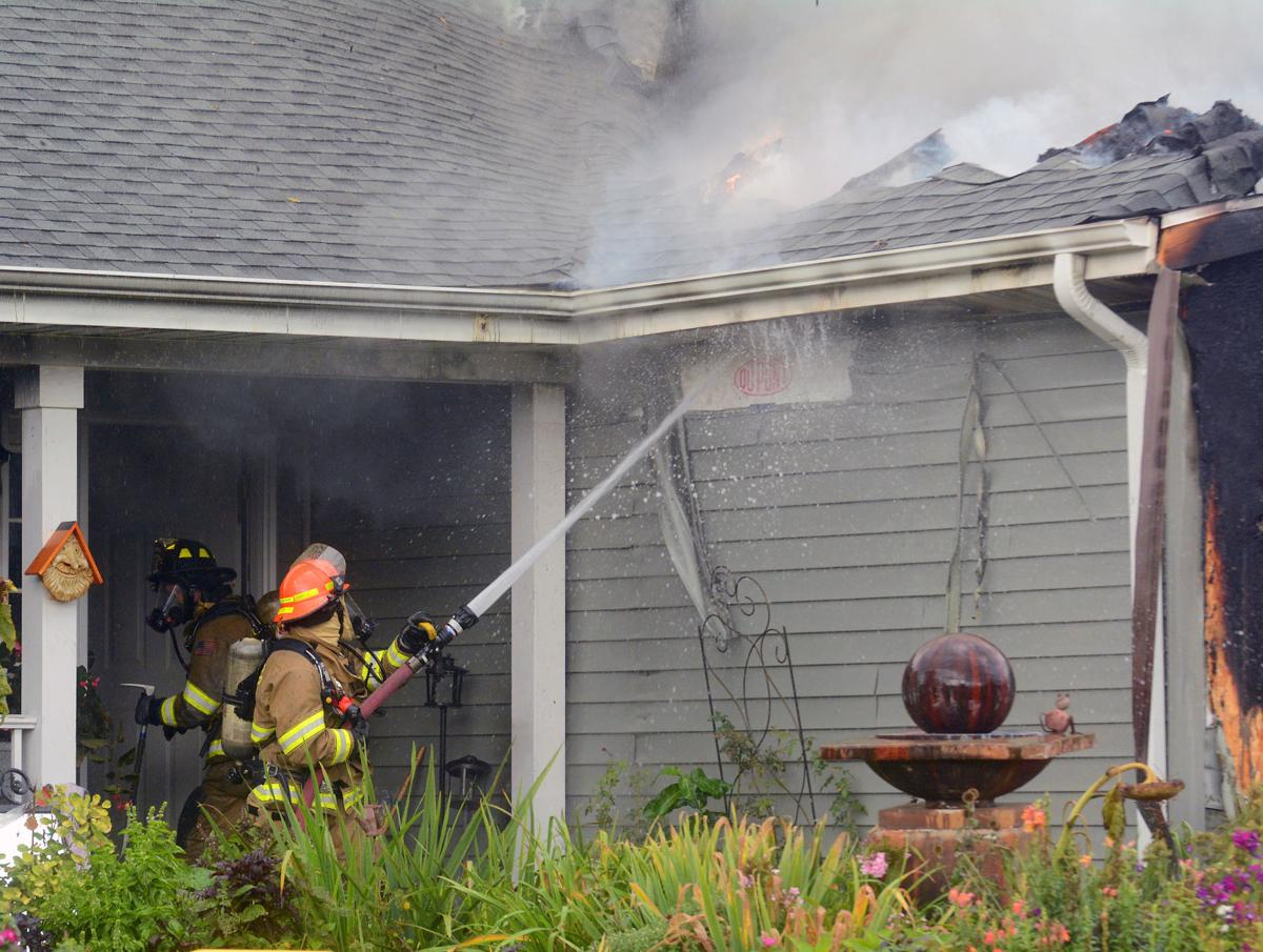 Firefighters battle blaze at Baraboo home (copy)