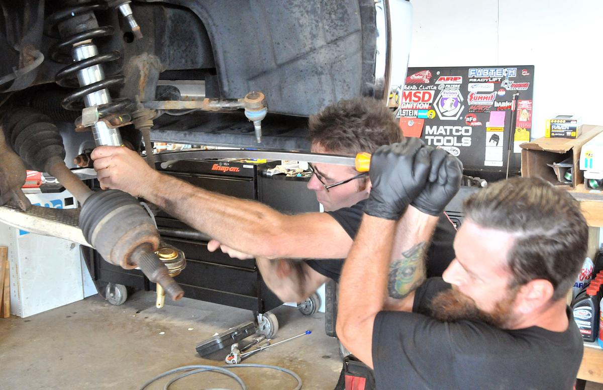 Baraboo brothers open auto shop | Regional news | wiscnews com