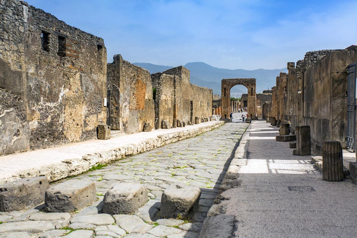 steves-pompeii-20200526