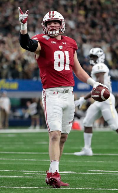 badgers football wisconsin s troy fumagalli jack cichy honored by