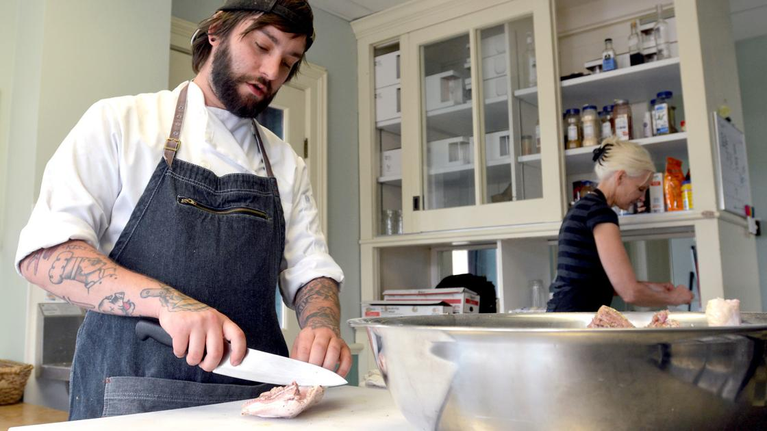 Newly opened Bella Vita Cafe plans to provide 'different' experiences for Baraboo residents, visitors