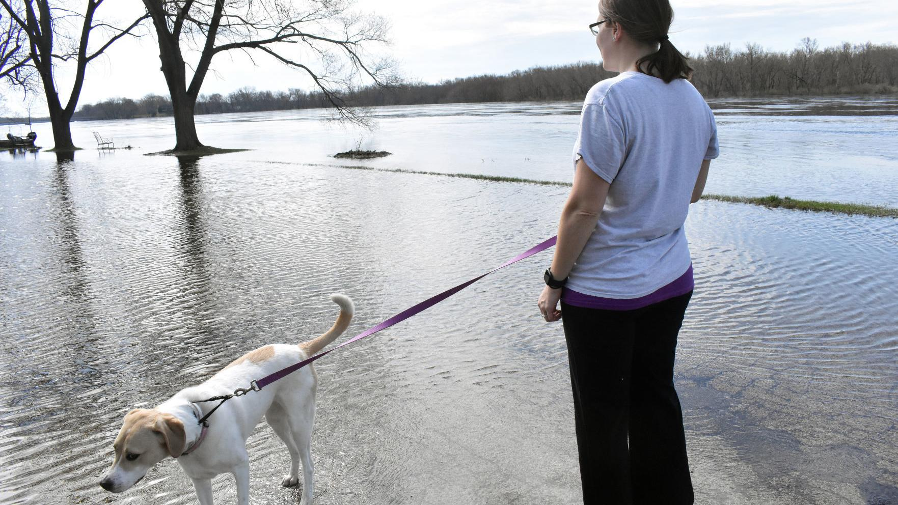 Wisconsin River floodwater begins to recede as residents survey damage in Columbia, Sauk counties