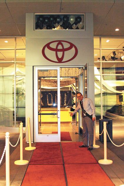 hatch toyota hosts show low high school s prom latest news. Black Bedroom Furniture Sets. Home Design Ideas