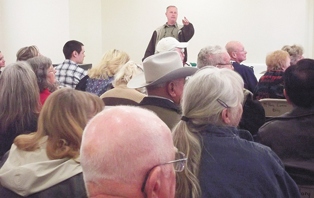 Wolf opponents hold their own public meeting