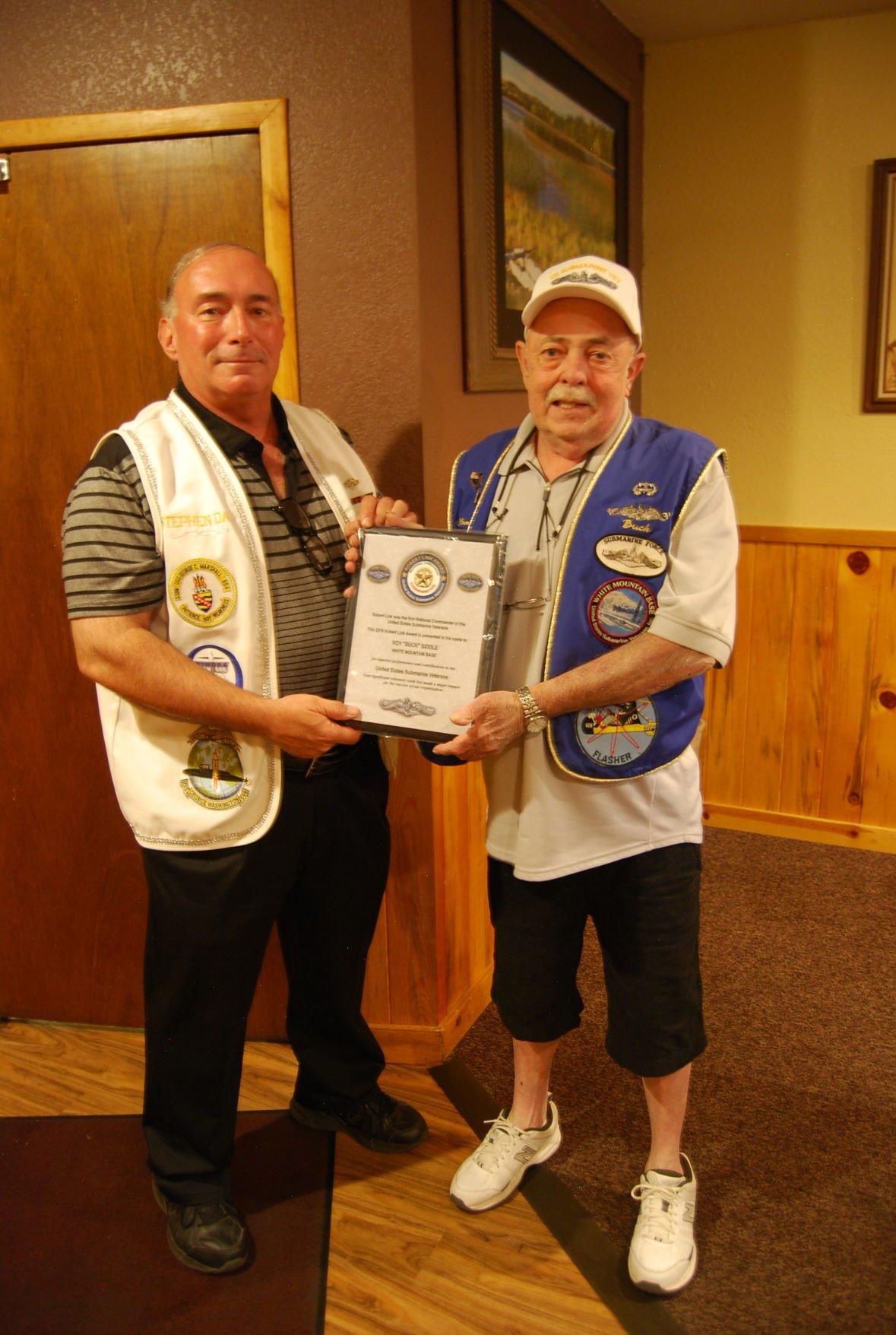 Buck Biddle receives award