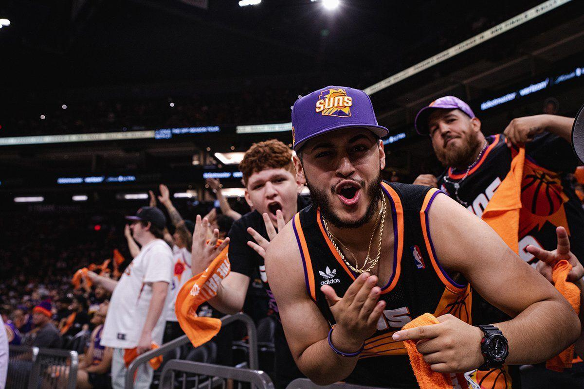 Suns watch party
