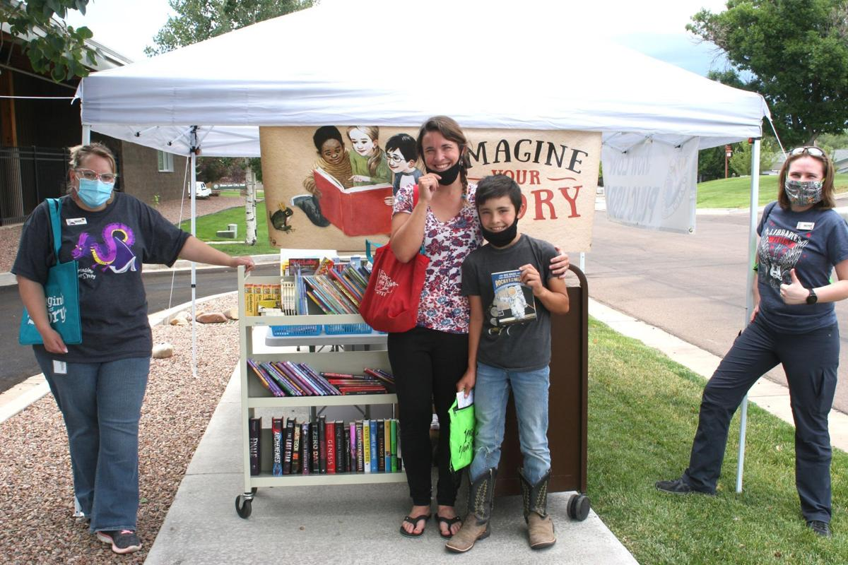 Summer reading fans