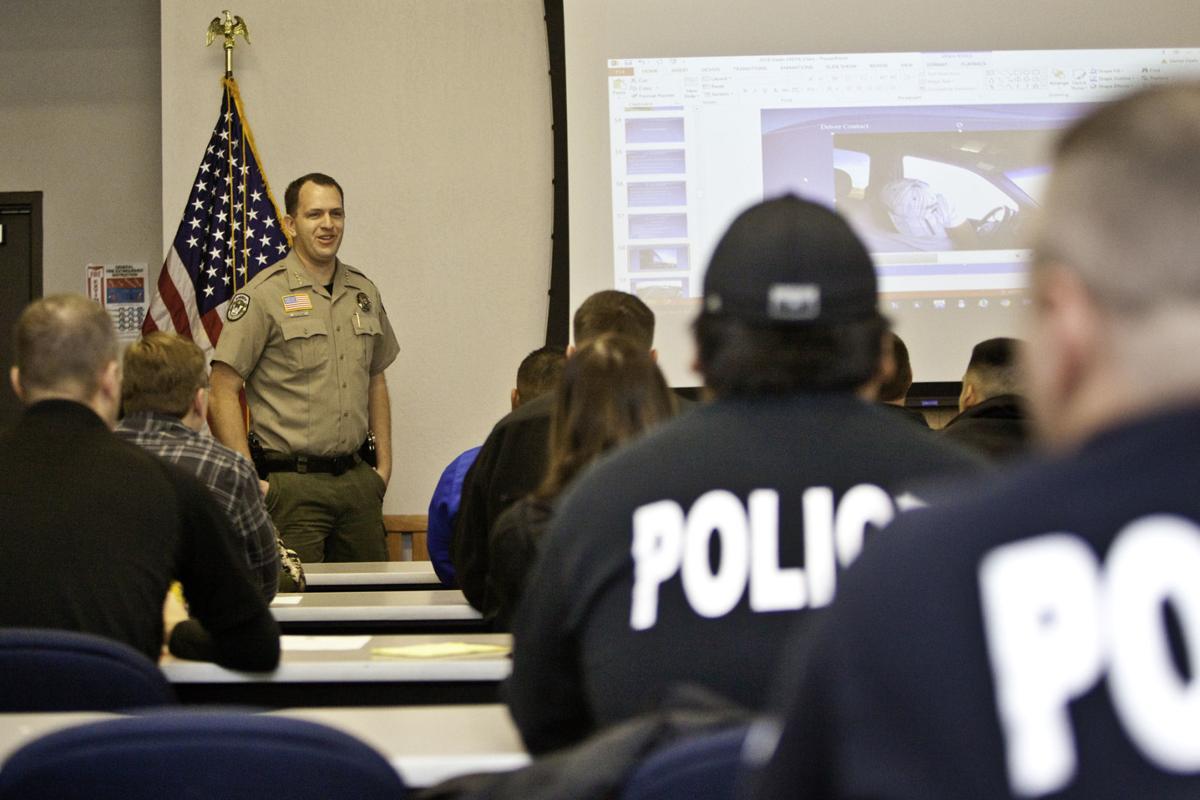 Sheriff Clouse talks to Drug Interdiction Class at SLPD