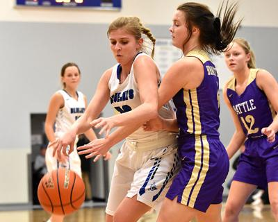 GACC girls grind out win