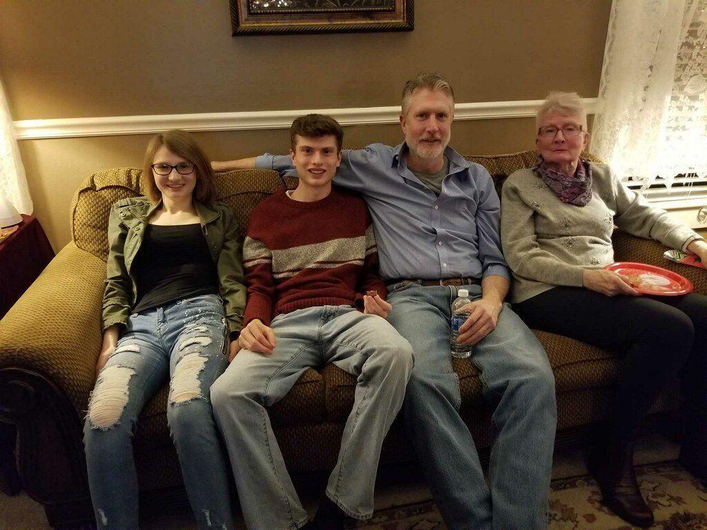 Jake Runner and family