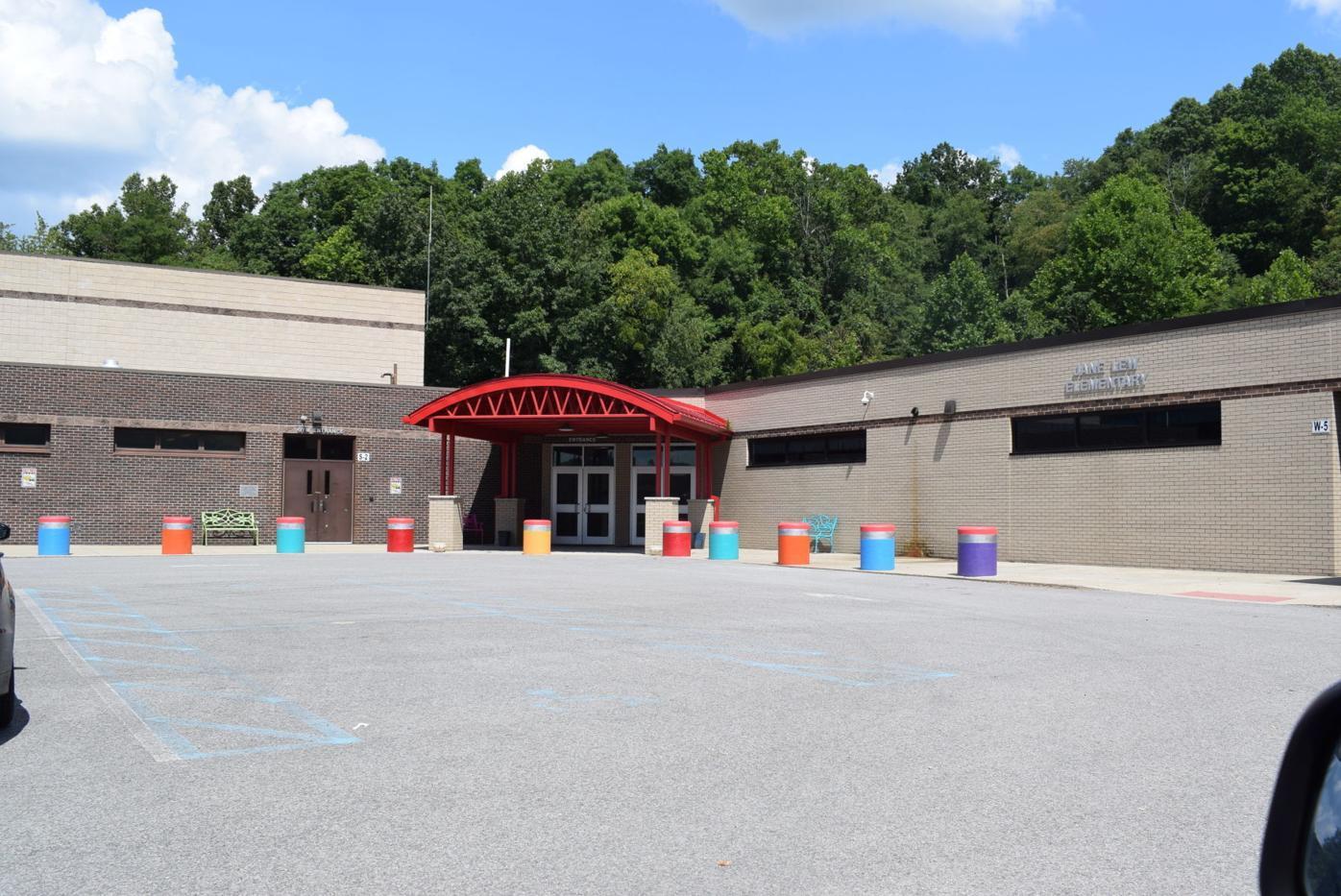 Lewis elementary schools preparing for Camp Comeback