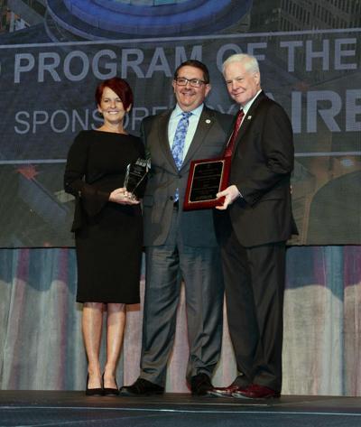 HealthNet receives award