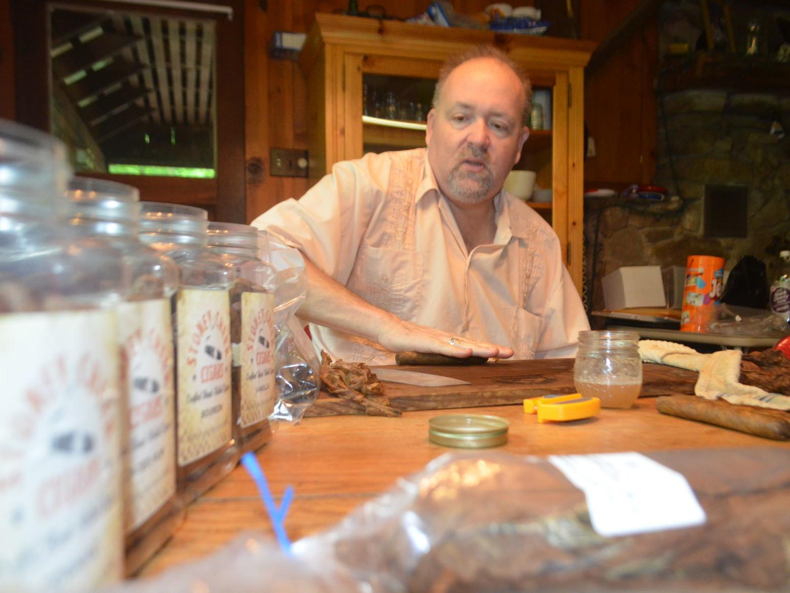 Rolling To Success Morgantown Pair Infuse Hand Made Cigars With Mountain State Flavor Wv News Wvnews Com
