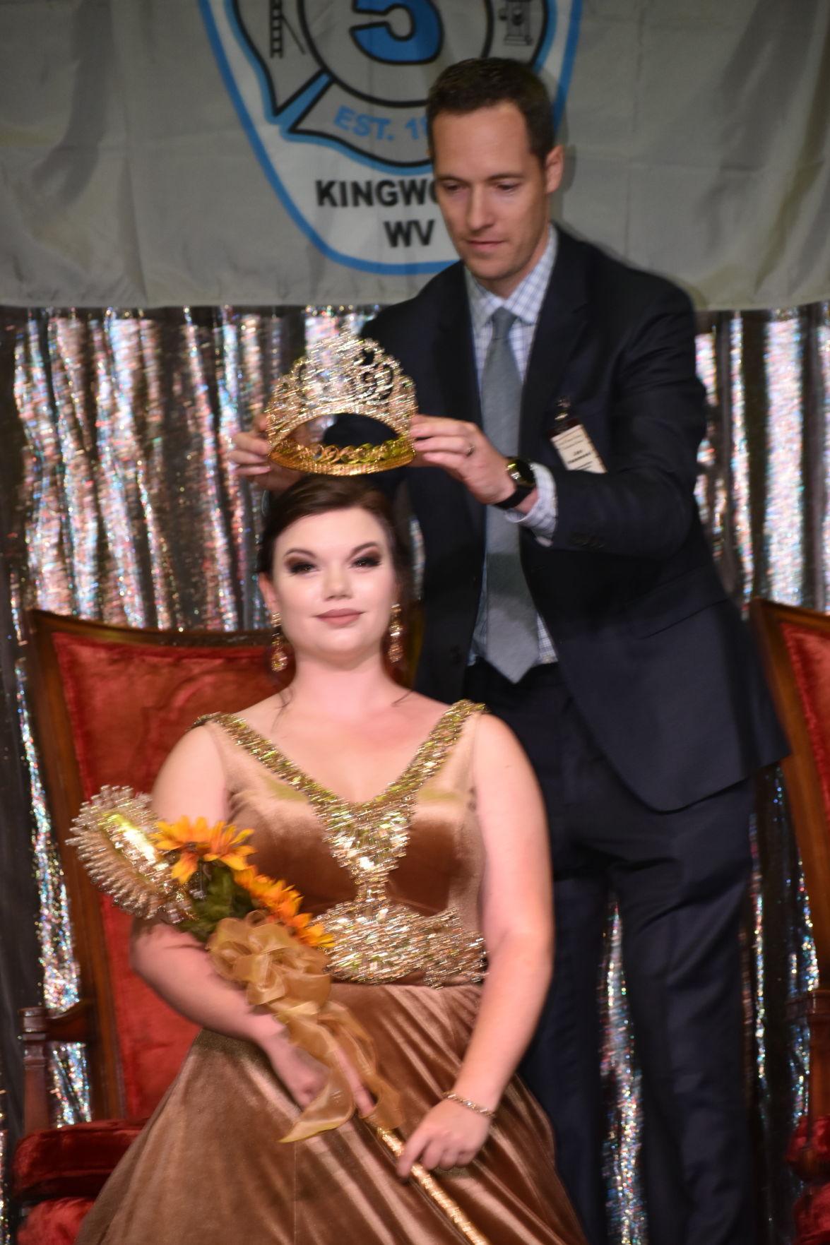 Queen Ceres crowning