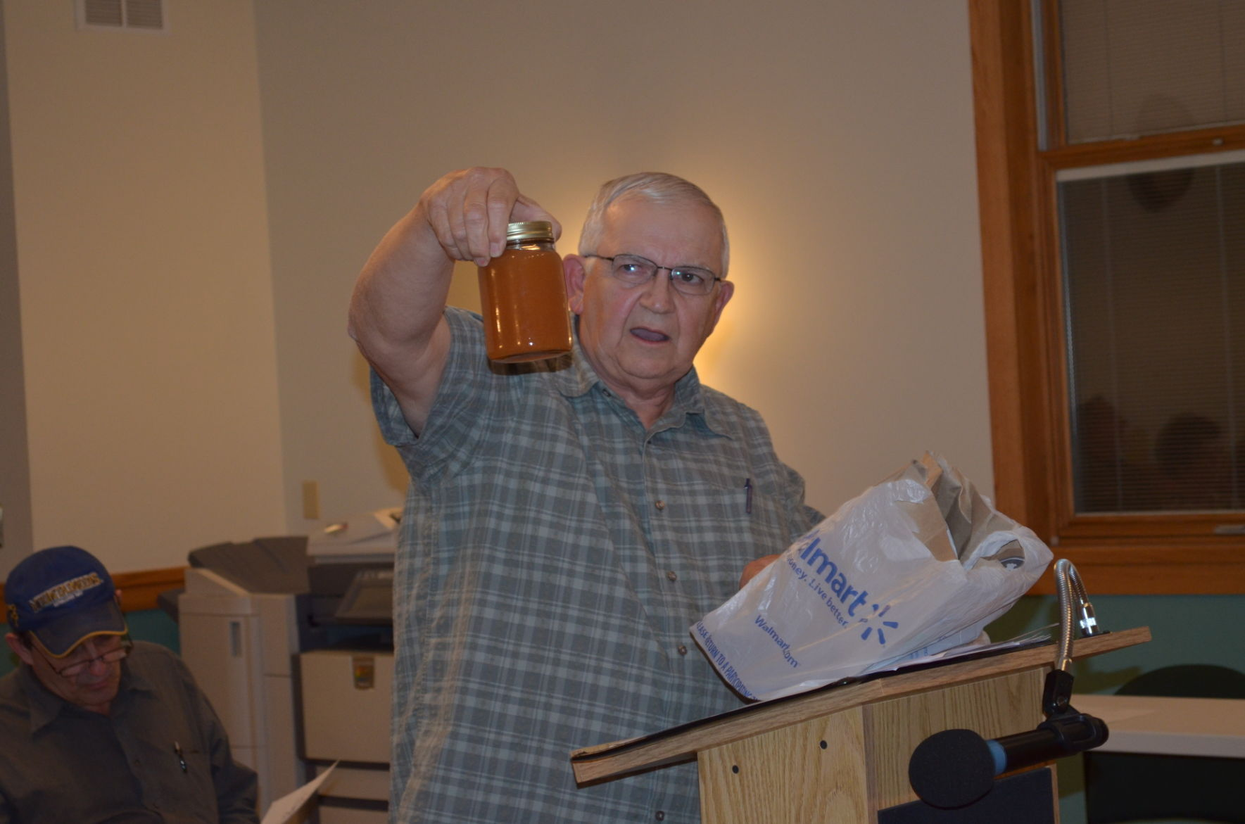 Attractive Marquess Resident Ed Knotts Shows Water From His Outside Tap To The Preston  County Commission On Monday Night.