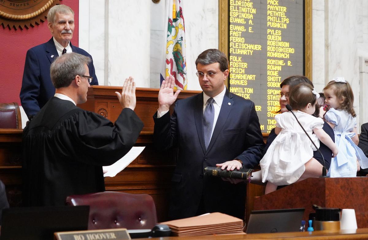 Roger Hanshaw is sworn in
