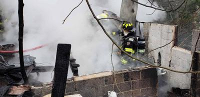Oakland structure fire under investigation