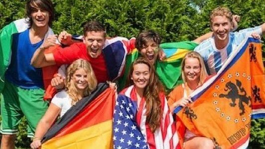 Host families needed for foreign exchange students